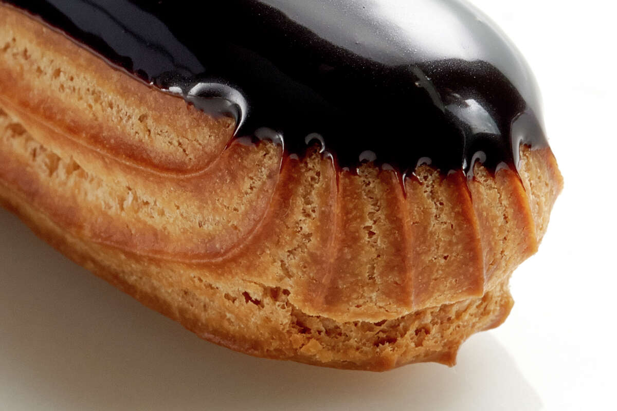 An eclair at Common Bond.