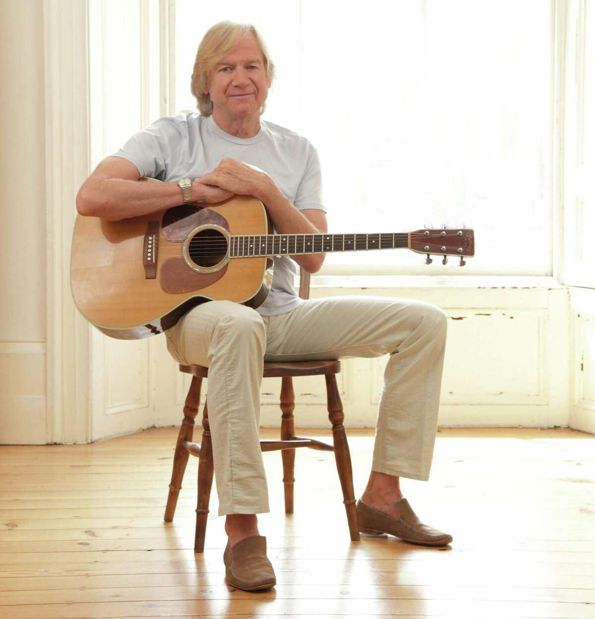 Justin Hayward In this intimate concert, Hayward, the voice of the Moody Blues, will sing songs from his new album,