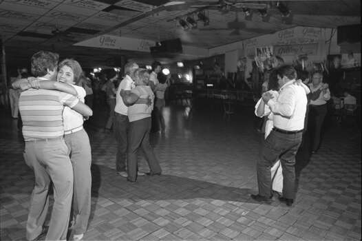 Dance floor at Gilley's Club in 1985. Photo: Ben DeSoto, Houston Chronicle