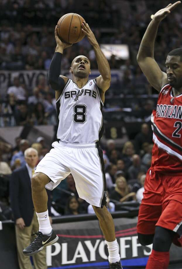 Patty Mills puts up a runner as the Spurs play Portland in game 5 of the NBA Western Conference semifinals at the AT&T Center  on May 14, 2014. Photo: TOM REEL, San Antonio Express-News