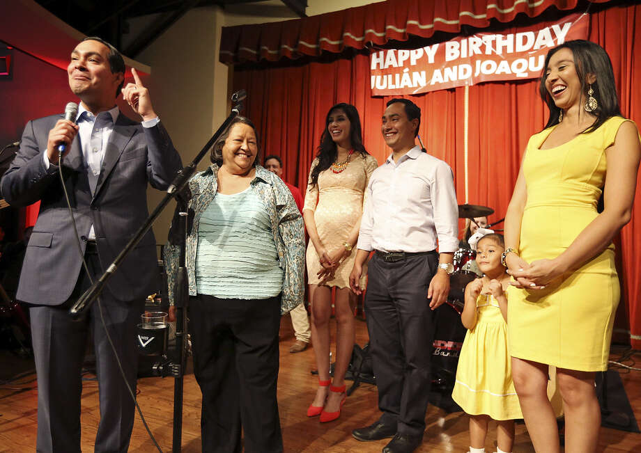 If he's confirmed to President Barack Obama's Cabinet, big changes await Mayor Julián Castro and his family members. Photo: San Antonio Express-News / File Photo / © 2012 San Antonio Express-News
