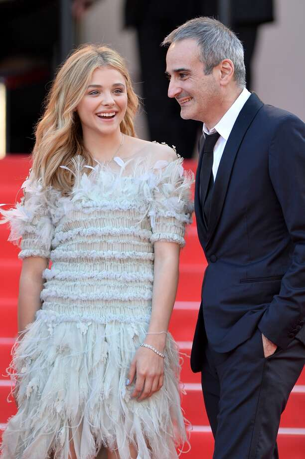 Chloe Grace Moretz- Her feathers, on the other hand, make us want to fly away with her. Photo: Michael Buckner, Getty Images Entertainment