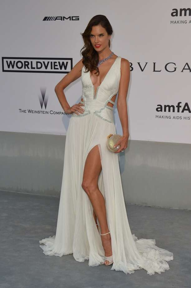 Alessandra Ambrosio... Photo: ALBERTO PIZZOLI, AFP/Getty Images