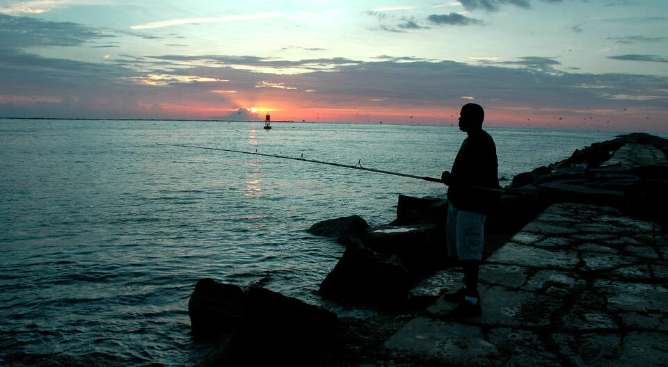 Port aransas saltwater trout redfish and sheepshead are for Port aransas jetty fishing report