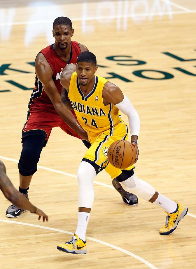 Indiana's Paul George (right) has been cleared to play after suffering a concussion. Photo: Joe Robbins, Getty Images