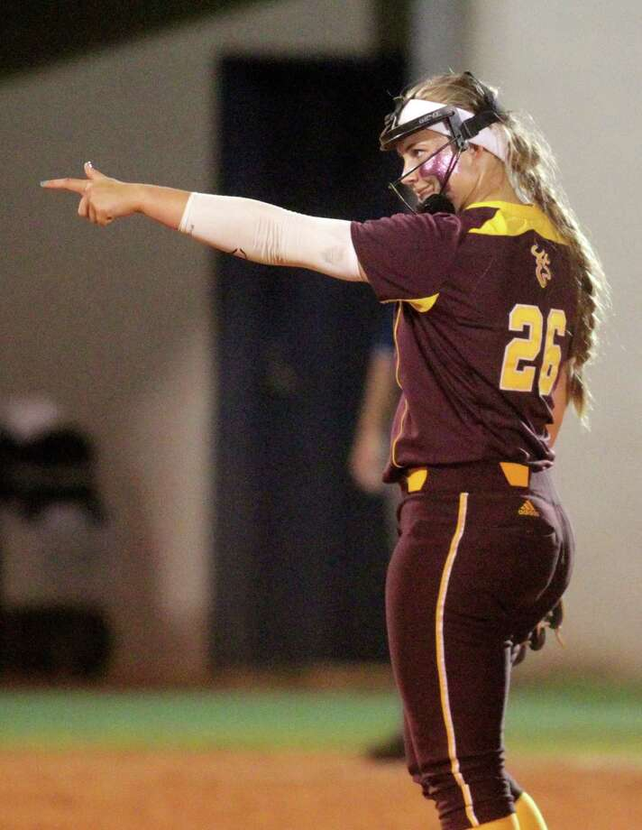 Deer Park pitcher Payton McBride points to the crowd after an out during the seventh inning of the regional finals softball game against Bellaire at Dawson High School on Friday, May 23, 2014, in Pearland. Photo: J. Patric Schneider, For The Chronicle / © 2014 Houston Chronicle