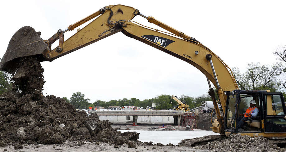 Current flood-control work in San Antonio includes a $27 million project in the Woodlawn Lake area. Photo: Photos By Lisa Krantz / San Antonio Express-News / SAN ANTONIO EXPRESS-NEWS