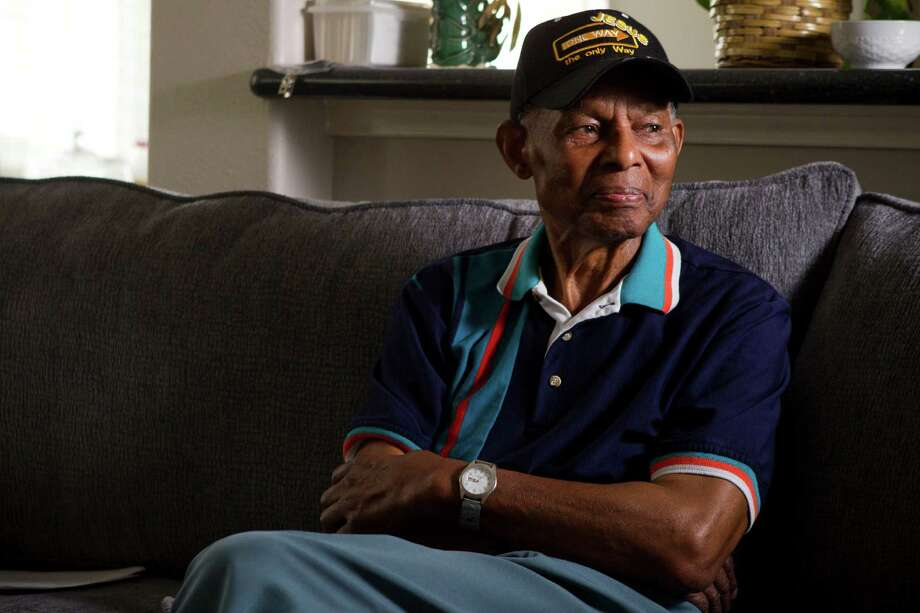 Raymon Lacy, 91, who was a member of the 1949 Houston Eagles, of the Negro Leagues, sits on the couch at his niece's home on Tuesday, May 20, 2014, in Houston. Photo: Brett Coomer, Houston Chronicle / © 2014 Houston Chronicle