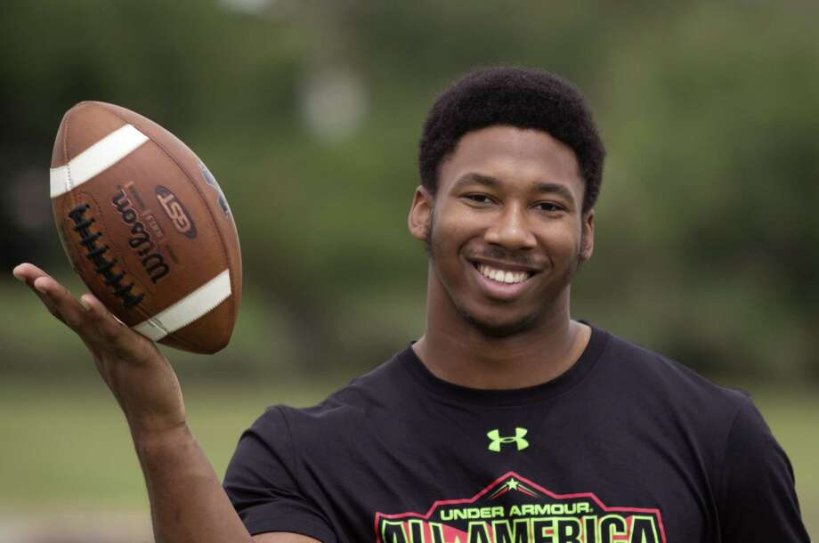 Myles Garrett, the No. 2-ranked player overall by Rivals.com, cites NFL Hall of Famer Deacon Jones as an influence. Photo: Mark Rogers / For The Express-News / Mark Rogers 2014