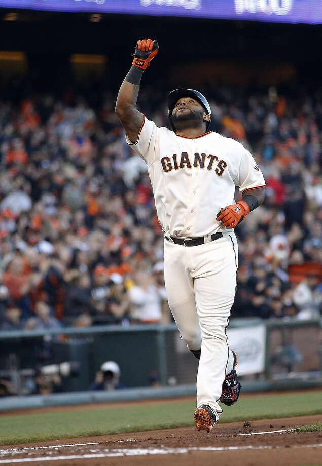 Pablo Sandoval heads home after going deep in the second. Photo: Tony Avelar, Associated Press