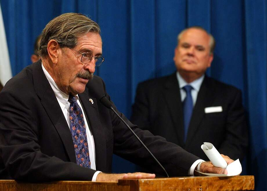 State Sen. John Vasconcellos, D-Santa Clara, left, called on lawmakers to approve a measure that would  ban random drug testing for public school students during a news conference held in Sacramento, Calif., Wednesday, June 23, 2004. Photo: Rich Pedroncelli, AP