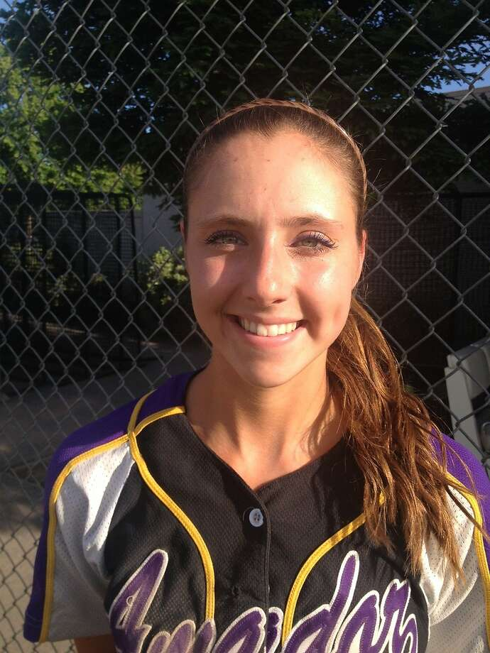 Amador Valley shortstop Ashley Lotosynski Photo: Mitch Stephens