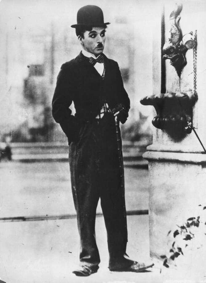 Charlie Chaplin in CITY LIGHTS (1931)-- but, really, in everything.  In absolutely everything. Photo: Mondadori, Mondadori Via Getty Images / Mondadori