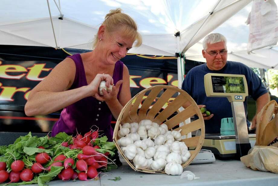 Cohoes Farmers Market, June 13-October 3, 4 p.m. to 7 p.m., Fridays, Remsen Street Between Seneca St. & Oneida St near Canal Square. Visit Web site. Photo: CINDY SCHULTZ, ALBANY TIMES UNION / 00009656A