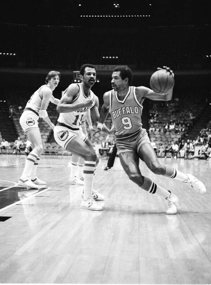 15 - John Lucas Lucas was the No. 1 draft pick by the Rockets in 1976 out of Maryland and played two years with the Rockets before being sent to Golden State. He played three more seasons -- including his final year -- later toward the end of his career. He averaged 11.5 points in his time here. Photo: CBS, AP / AP1973