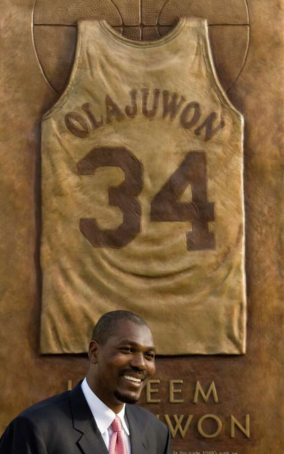 34 - Hakeem Olajuwon The Dream. Simply put, he is the best player in franchise history and one of the best team-sport athletes in Houston history. He's one of the best centers in NBA history. He re-wrote the Rockets record book, finishing with 26,511 points and 3,740 blocks (the most in NBA history). Photo: Brett Coomer, Houston Chronicle / Houston Chronicle