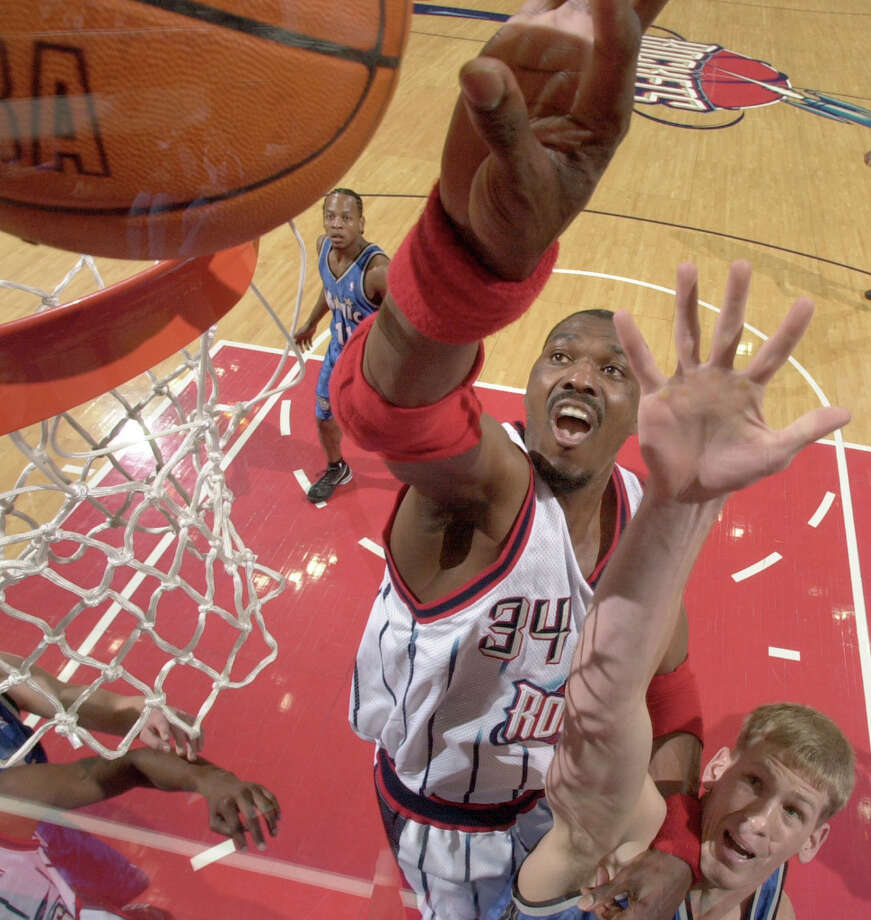 Hakeem finished his career with 13,748 rebounds. Photo: Smiley N. Pool, Chronicle