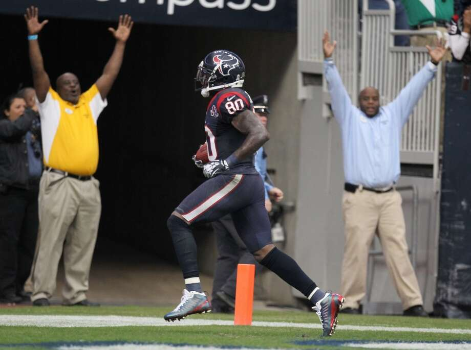 Andre Johnson breaks away from the defense for the game-winning touchdown during the Texans' overtime win over the Jaguars on Nov. 18, 2012. Photo: Nick De La Torre, Houston Chronicle