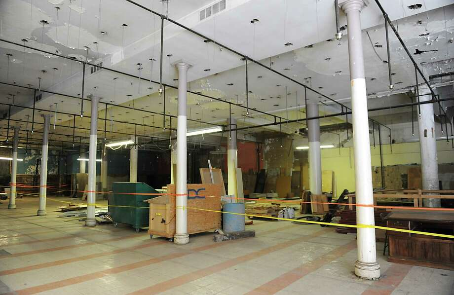 Interior of the Quackenbush Building which the Center of Gravity, a science business incubator, announced that it's renovating on Tuesday, May 27, 2014 in Troy, N.Y.  (Lori Van Buren / Times Union) Photo: Lori Van Buren / 00027034A