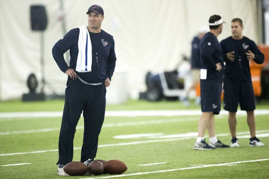 Texans head coach Bill O'Brien watches practice. Photo: Brett Coomer, Houston Chronicle