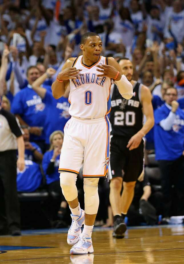 Russell Westbrook scored 40 points to ignite the Thunder to their second straight win. Photo: Ronald Martinez, Getty Images