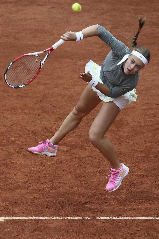Slovakia's Anna Schmiedlova serves the ball during the second round match of the French Open tennis tournament against Venus Williams of the U.S. at the Roland Garros stadium, in Paris, France, Wednesday, May 28, 2014. Photo: David Vincent, Associated Press