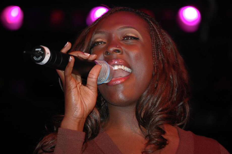 """Thursday, May 29Caretta Bell: The Smooth R&B diva has a sweet, melodic voice. 7 p.m. at  Mosaic Bar & Lounge, 5927 Almeda, Suite 190K; 713-533-9915. Photo: Patrick """"PJ"""" Davis / handout email"""