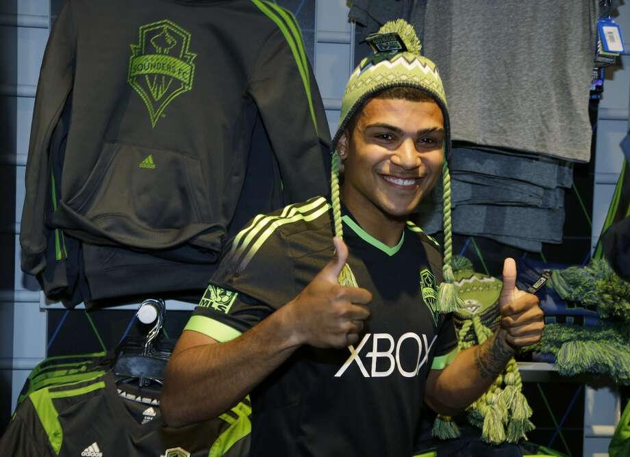 DeAndre Yedlin | Defender | Birthplace: Seattle, Wash.