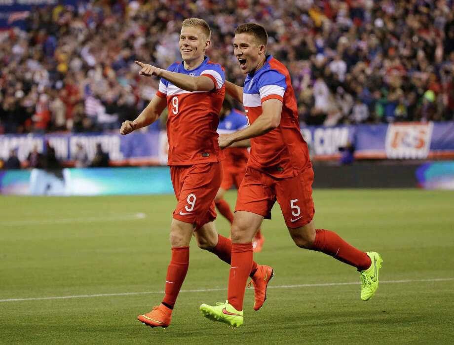 Thirty two teams will start the 2014 World Cup in Brazil, but only one will be named the champion when all is said and done. We take a look at Bovada.com's odds on every team based on their chances of taking home the trophy and etching their name in the World Cup record book. Photo: Marcio Jose Sanchez, Associated Press / AP