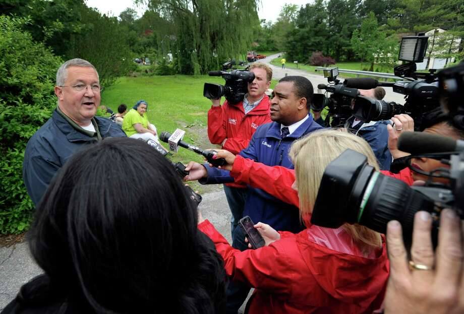 Lt. Lawrence Ash meets with the media on Van Car Road in New Milford, Conn. on Wednesday, May 28, 2014 Photo: Carol Kaliff / The News-Times