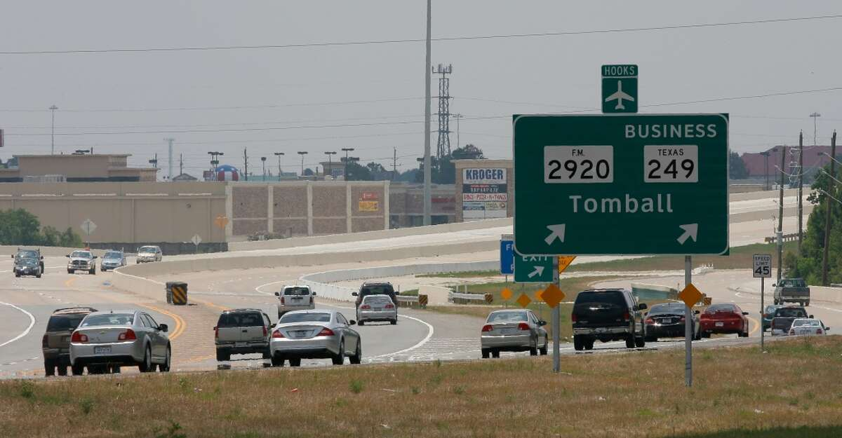Tomball Parkway The first phase of the Tomball Parkway, three tolled lanes in each direction along Texas 249 from south of Spring-Cypress Road to near Northpointe Boulevard, is scheduled to open midyear.