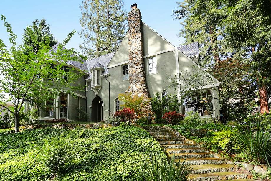 The four-bedroom English Manor at 9 Bridge Road in Berkeley was built in 1925 and designed by John Hudson Thomas. Photo: Liz Rusby/The Grubb Co.