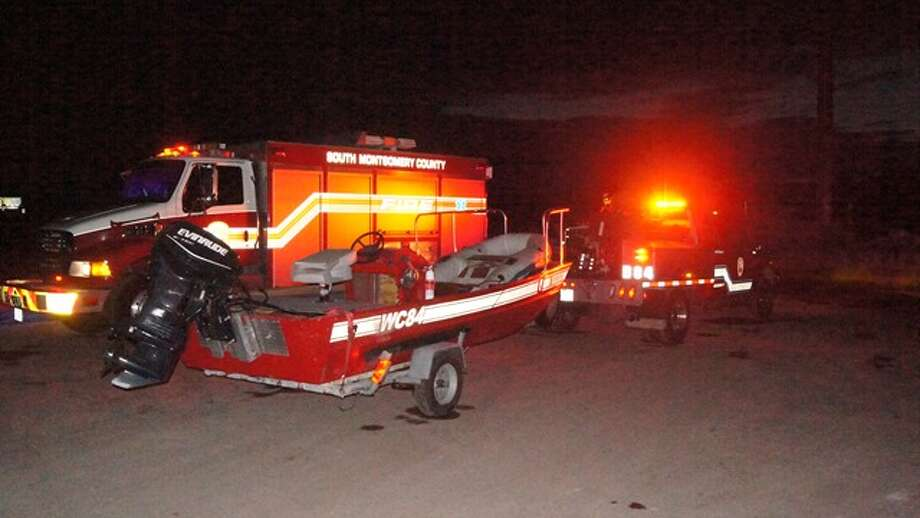 Crews looked for the 18-year-old victim who went missing in the San Jacinto River on Wednesday. Photo: Scott Engle, Montgomery County Police Reporter