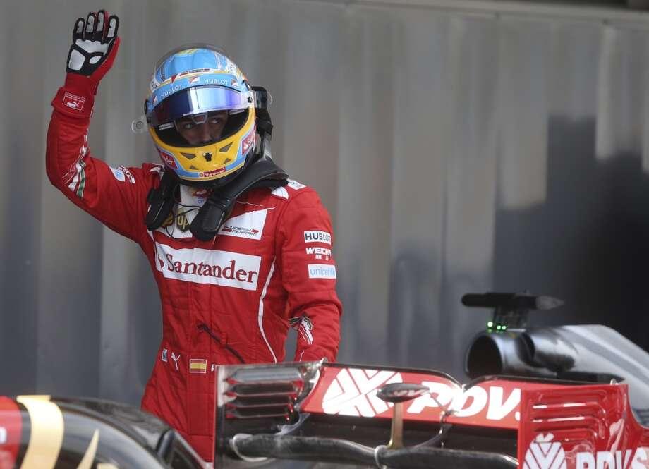 Onto the top 20 world-wide...19. (tie) Fernando AlonsoSalary: $28 million Endorsements: $2 millionTotal: $30 million Photo: Luca Bruno, Associated Press