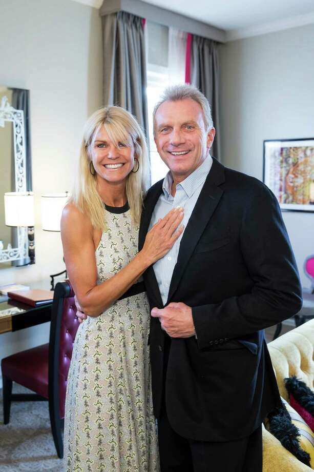 Jennifer and Joe Montana at the debut party of The Scarlet Huntington in San Francisco on May 22, 2014. Photo: Drew Altizer, Drew Altizer Photography / Drew Altizer Photography