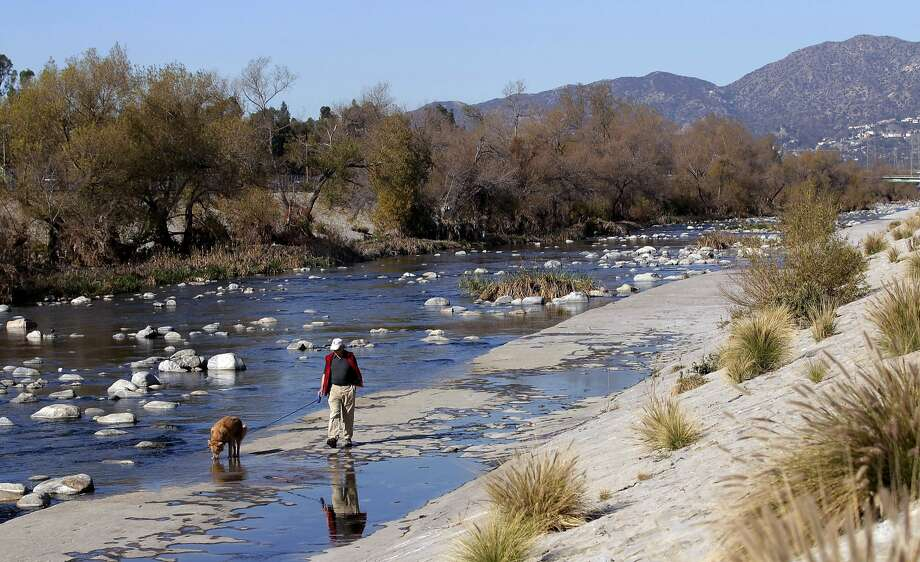 The Army Corps of Engineers is recommending the Los Angeles River reclamation project be approved. Photo: Jae C. Hong, Associated Press
