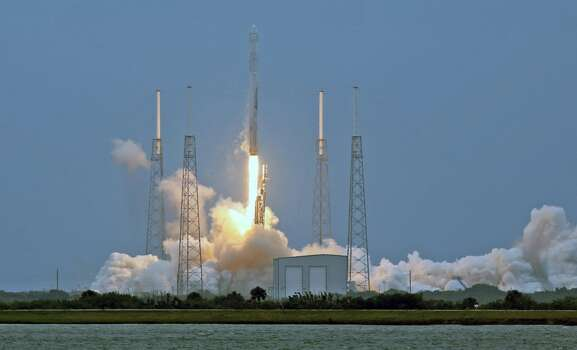 A  SpaceX Falcon 9 rocket lifts off from launch Pad 40 at Cape Canaveral Air Force Station in Cape Canaveral, Fla., Friday, April 18, 2014. The rocked carried needed supplies to the International Space Station. (Red Huber/Orlando Sentinel/MCT) Photo: McClatchy-Tribune News Service