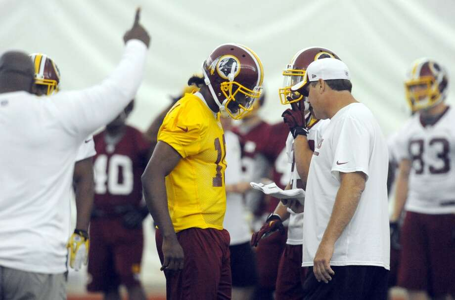 Washington Redskins  Win total: 7.5 games Over(EVEN)/Under(-130) Photo: Richard Lipski, Associated Press