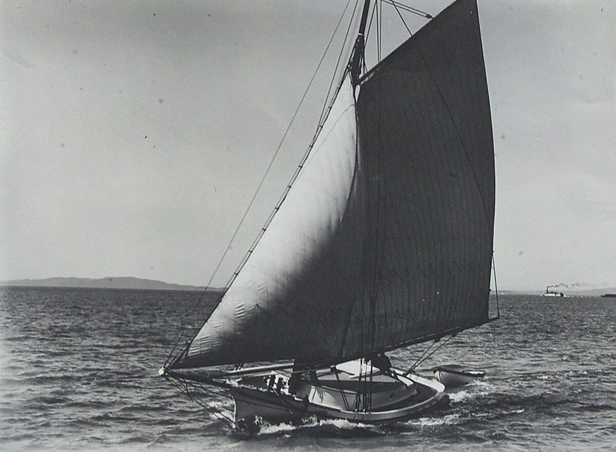 YACHT6-C-07JAN00-MN-MJM Historic photo of the Freda on SF bay in the early 1900's. The historic yacht Freda was relaunched in Sausalito this morning after an extensive rebuilding by the Sea Training Institute and Arques Boatbuilding School. The Freda was built in Belvedere in 1885 and is the oldest active sailing yacht in US history. CHRONICLE PHOTO BY MICHAEL MALONEY