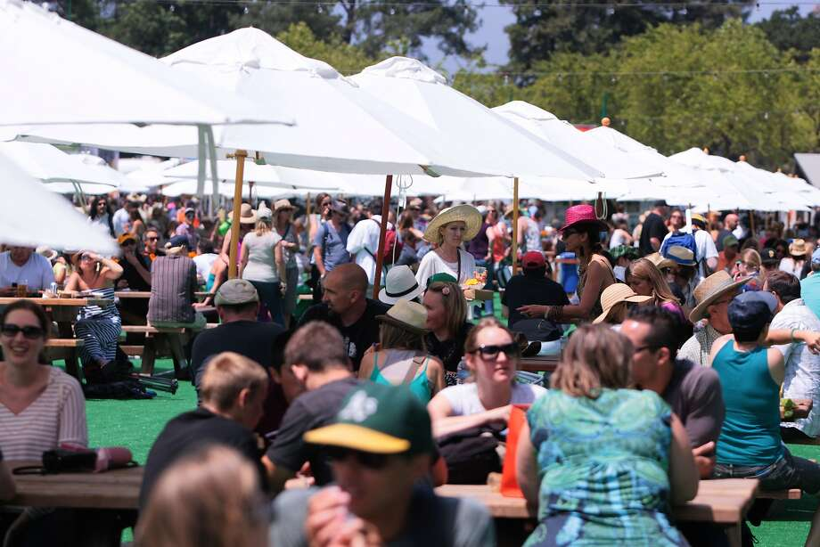 Crowds beat the heat at the Whole Foods Garden at the 2014 Bottlerock Napa Valley music, food and wine festival on Friday, May 30, 2014 in Napa, Calif. Photo: Kevin N. Hume, The Chronicle