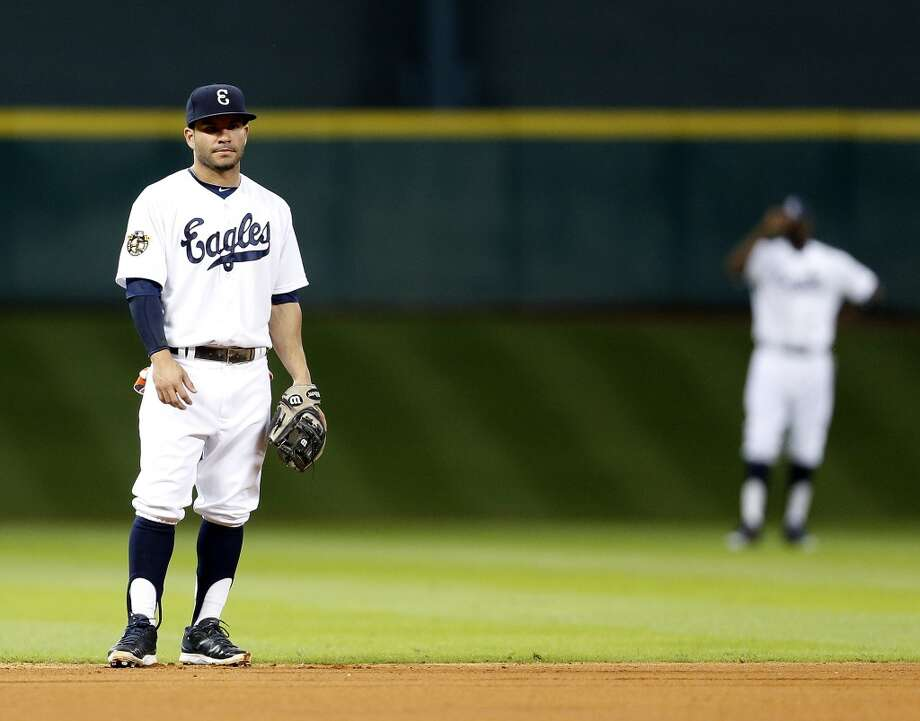 Astros second baseman Jose Altuve stands in the infield. Photo: Karen Warren, Houston Chronicle