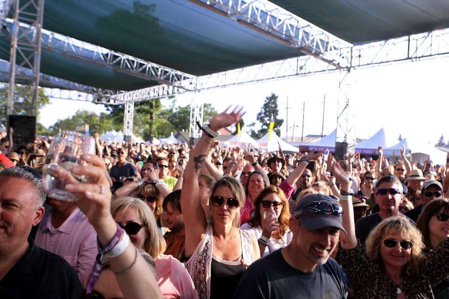A large crowd gathered to watch the Gin Blossoms at the 2014 Bottlerock Napa Valley music, food and wine festival on Friday, May 30, 2014 in Napa, Calif. Photo: Kevin N. Hume, The Chronicle