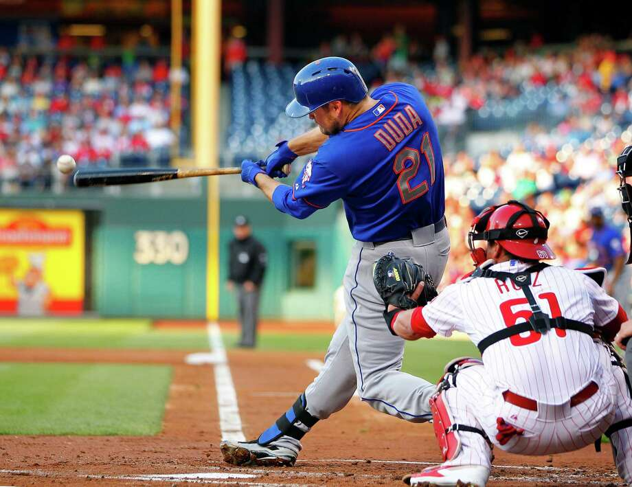 PHILADELPHIA, PA - MAY 30: Lucas Duda #21 of the New York Mets hits a double scoring a run in the second inning against the Philadelphia Phillies in a game at Citizens Bank Park on May 30, 2014 in Philadelphia, Pennsylvania. (Photo by Rich Schultz/Getty Images) ORG XMIT: 477584077 Photo: Rich Schultz / 2014 Getty Images
