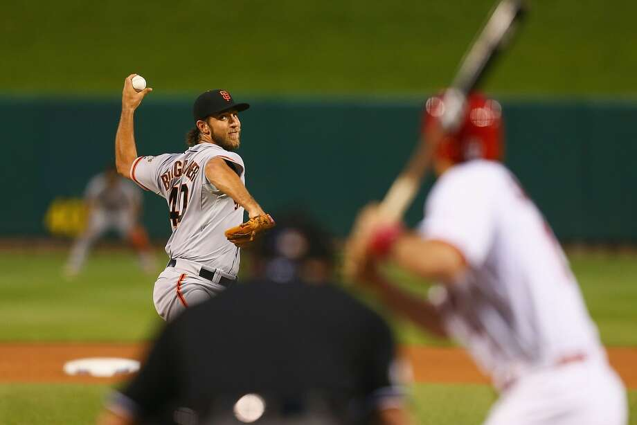 Giants starter Madison Bumgarner limited the Cardinals to three hits and struck out 10 in seven shutout innings. Photo: Dilip Vishwanat, Getty Images