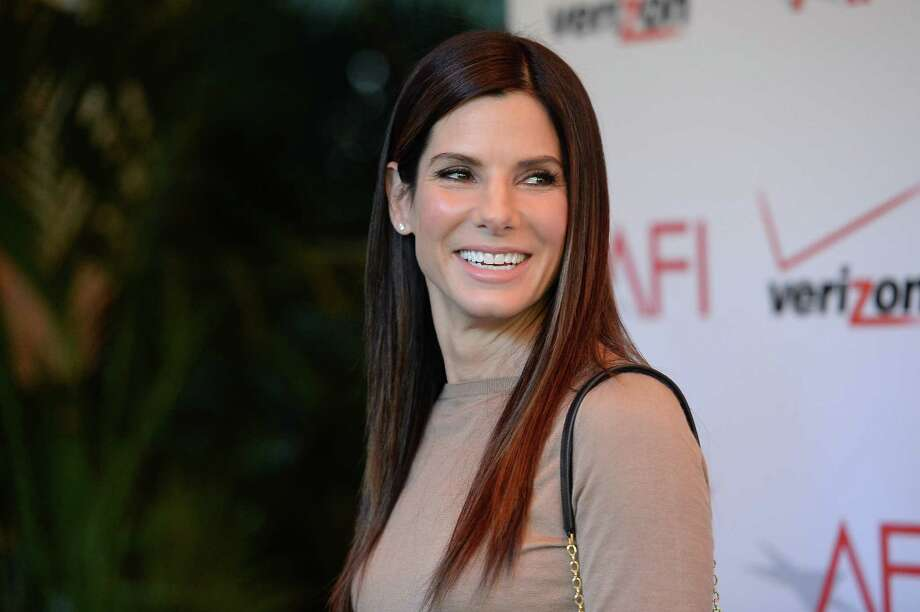 Sandra Bullock speaks fluent German; her mother was a German opera singer. Bullock spoke her entire acceptance speech in German in 2000 when she won a Bambi Award, which is Germany's version of the Academy Awards. - celebritytoob.com Photo: Jason Merritt, Staff / 2014 Getty Images