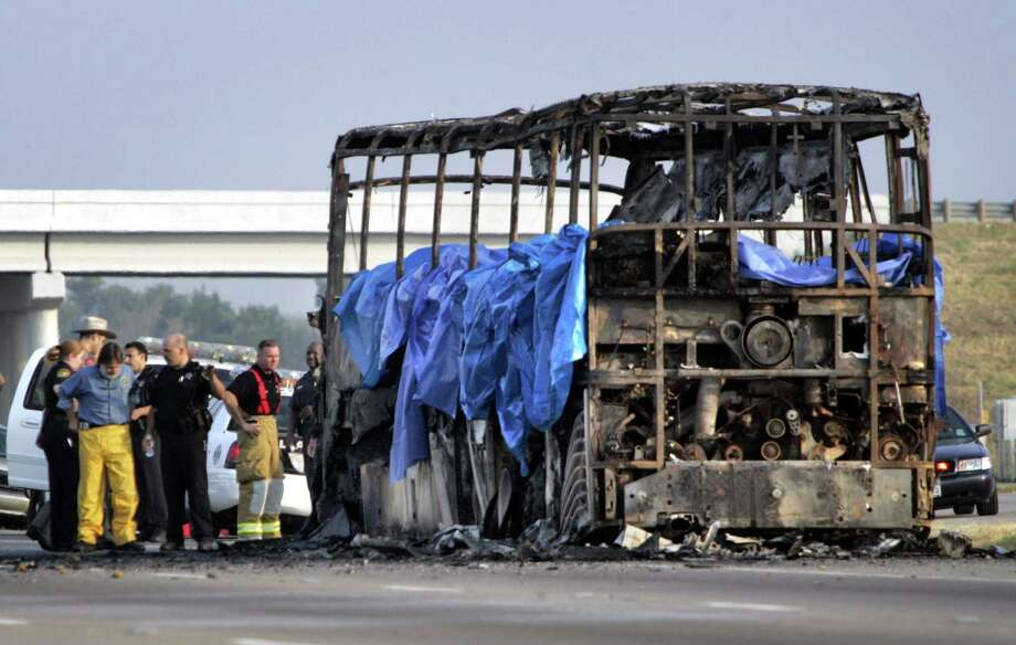 PHOTOS: 2005 bus fire claimed 23 lives A limo crash that killed 20 people on Saturday was the deadliest land-vehicle accident since 2005, when a bus fire killed 23 Bellaire nursing home residents fleeing Hurricane Rita. This image shows the charred remains of the bus on Sept. 23, 2005 on northbound Interstate 45 in Wilmer. 
