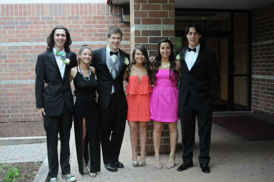 Fairfield Ludlowe seniors celebrated prom night at the Trumbull Marriott on Saturday, May 31. Were you SEEN? Photo: Stacey Scruggs/Hearst Connecticut Media Group