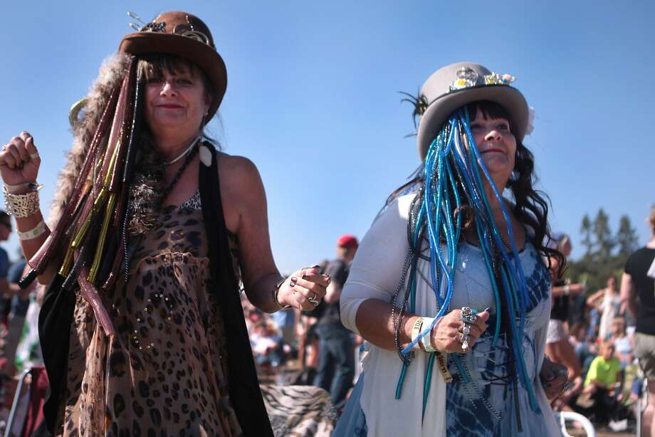 Ginny Smith, left, of Napa and Susan George of Turlock dance during Barenaked Ladies at the 2014 Bottlerock Napa Valley music, food and wine festival on Sunday, June 1, 2014 in Napa, Calif. Photo: Kevin N. Hume, The Chronicle