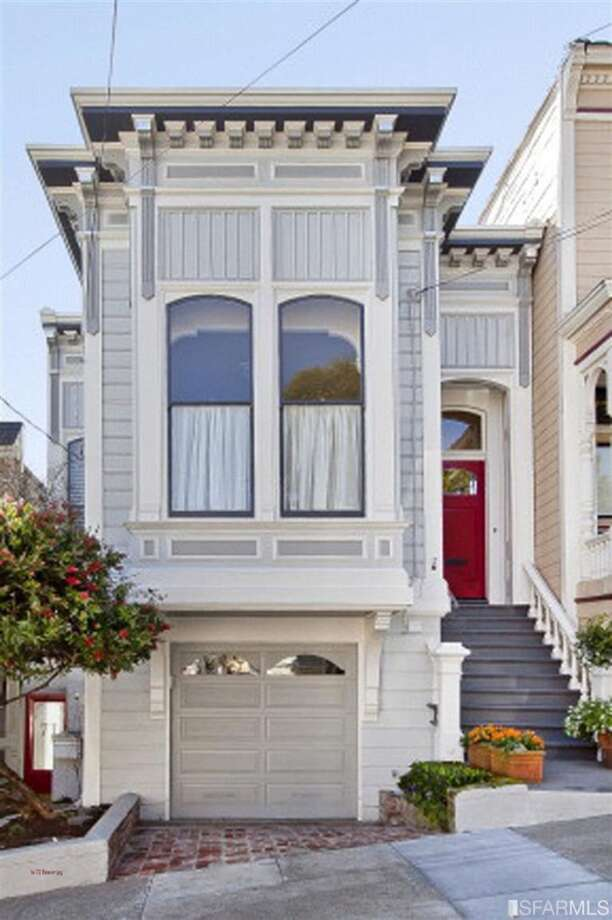 This two-bedroom, two-bath condo in Duboce Triangle was listed at $895K in February and sold for $1.05 million in March, about the average for an S.F. two-bedroom. Photo: SFARMLS