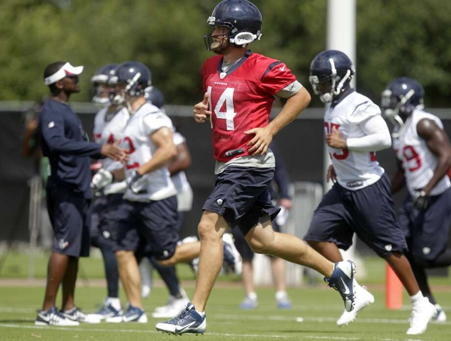 Texans quarterback Ryan Fitzpatrick and participates in OTAs Photo: J. Patric Schneider, For The Chronicle
